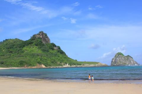 Baía do Sueste, de fácil acesso e super recomendada para snorkel