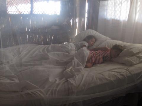 Acordando cedinho na cabana do Yandup Lodge em San Blás