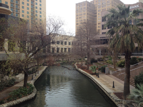 A Riverwalk estava assim pela manhã: fria e deserta