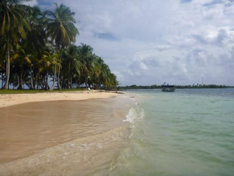 Mais uma praia linda pra coleção de San Blás