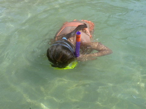 Julia aprendendo a usar o snorkel