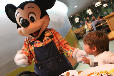 Eric e o Mickey no jantar do Garden Grill