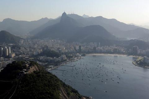 Vista sempre linda do Corcovado e da Enseada de Botafogo
