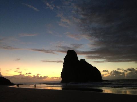 O sol se despedindo de mais um dia em Fernando de Noronha