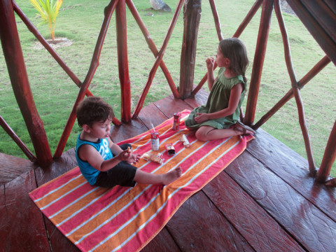 Picnic na varanda da cabana