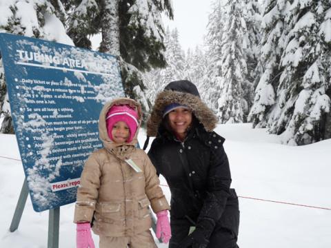 Curtindo a neve em Snoqualmie Pass, perto de Seattle