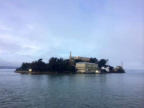 A ilha onde ficava a famosa prisão de Alcatraz