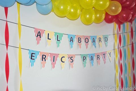All Aboard Eric's Party - todos a bordo!