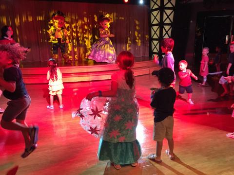 Baile Princesas e Piratas com Jake e Sofia do Disney Jr