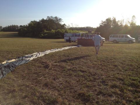 O balão pronto pra enrolar pra levar embora