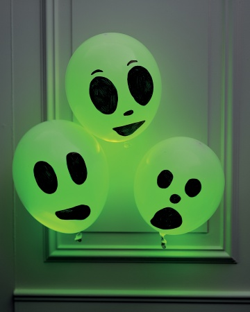 Balões fosforecentes para o Halloween