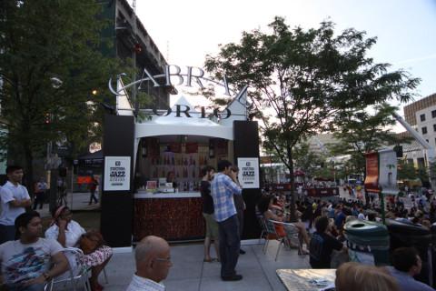 Um dos bares do Festival