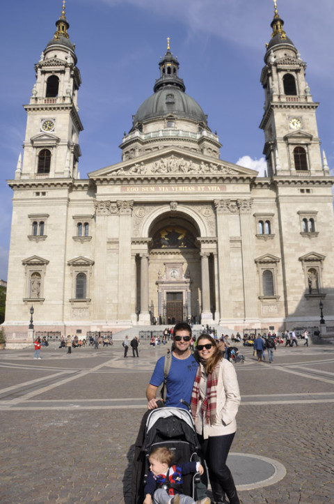 Nós em frente a Basílica