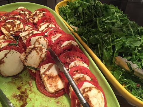 Tomate, mozzarella e rúcula