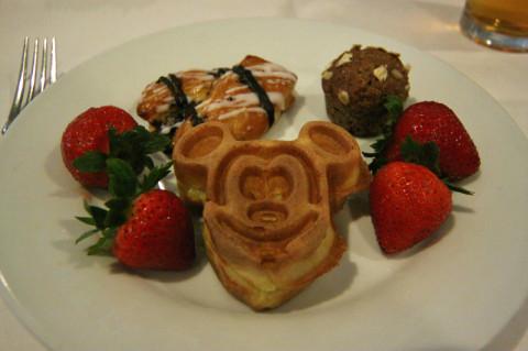 O café da manhã do Cape May Cafe é um buffet bem gostoso