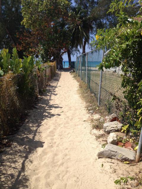 Caminho para Cemetery Beach