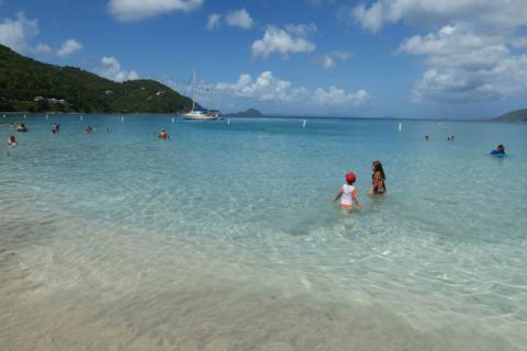 Julia e Eric em Cane Garden Bay, Tortola