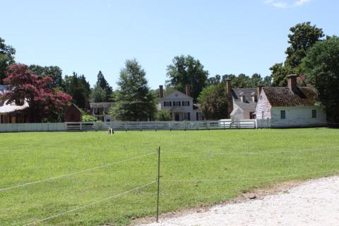 Casas e pequenas fazendas em Colonial Williamsburg