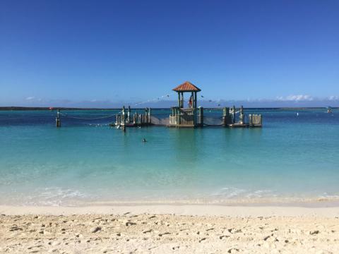 Castaway Cay em novembro - água mais fria do que em março