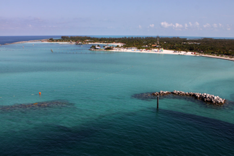 Bom dia, Castaway Cay!