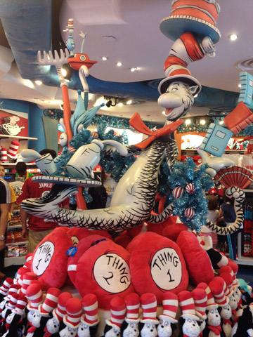 A loja fofa na saída do Cat in the Hat