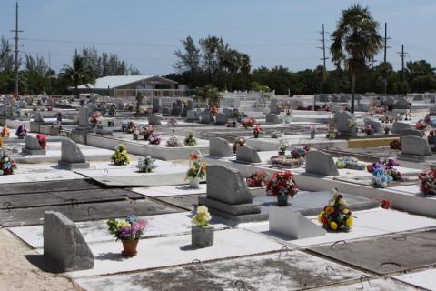O cemitério que dá nome a praia