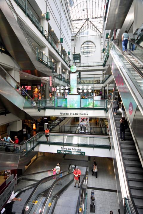 Centre Eaton em Montréal, um shopping na cidade subterrânea