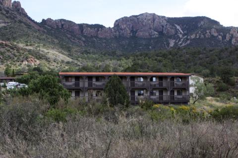 Um dos prédios do Chisos Mountain Lodge, esse fica de frente pra The Window