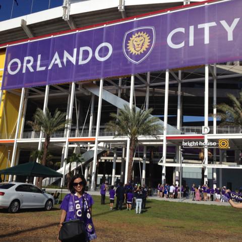 Chegando ao Citrus Bowl, estádio que está temporariamente servindo de casa pro Orlando City