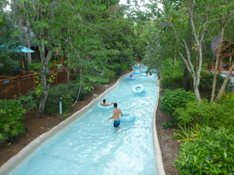 Cross Country Creek: riozinho com correnteza no Blizzard Beach