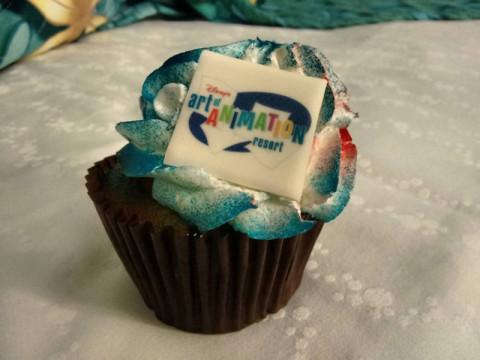 Um dos cupcakes com o nome do hotel disponíveis na praça de alimentação