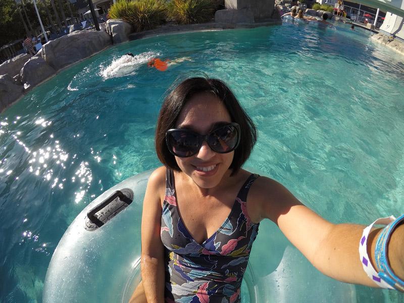 Eu aproveitei uma tarde nas piscinas do Yacht Club