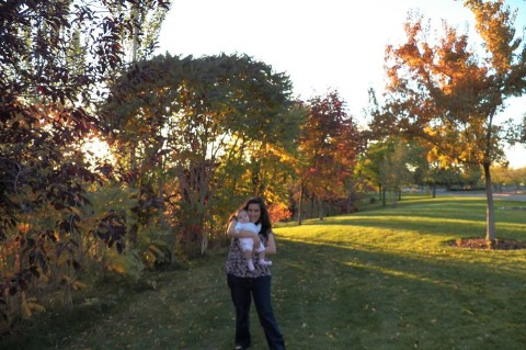 Daniele e a filhota curtindo o outono em Utah
