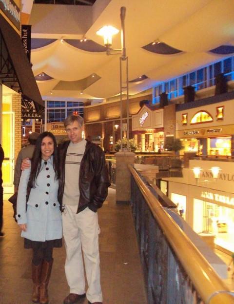 Debora e Thomas no Southpoint Mall, que tem um ótimo cinema Imax
