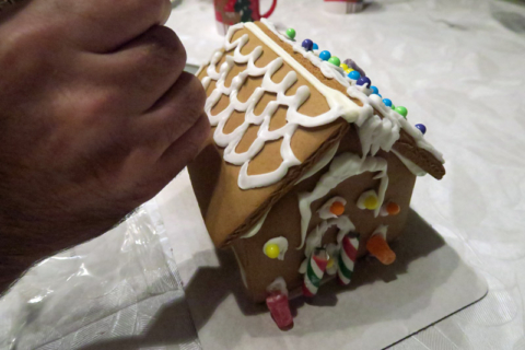 decorandogingerbreadhouse
