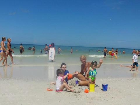 Eu e meus netos na praia em St Pete