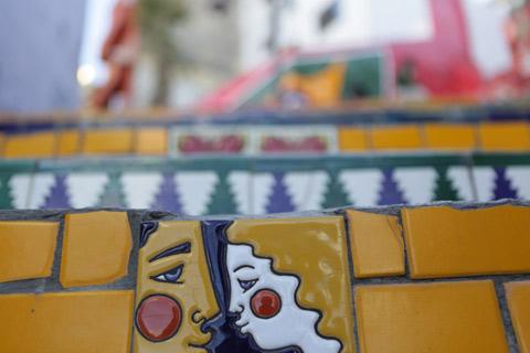 """Um dos muitos azulejos bacanas da Escadaria, foto Gustavo """"Camarão"""" Bordallo"""