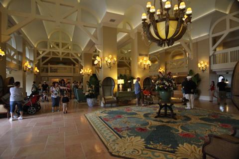 Lobby do Disney Beach Club Resort, o Cape May é no final