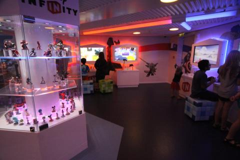 Área de Disney Infinity no Oceaneer Club