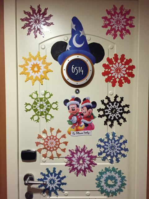 Nossa porta da cabine no Disney Dream 6514