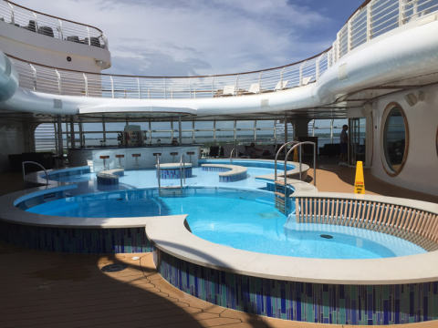 Quiet Cove, piscina de adultos no Disney Dream