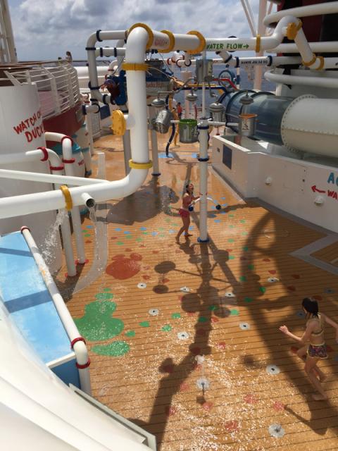 Aqualab, splash área pra criançada