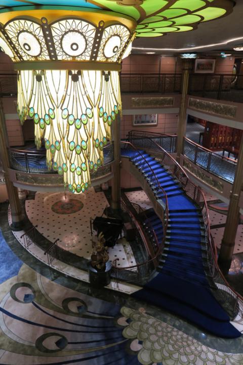 O lobby fantástico do Disney Fantasy: uau