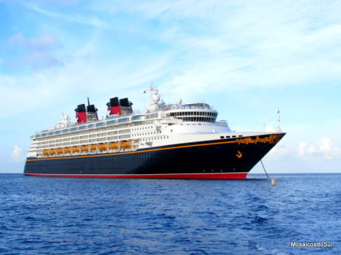 Disney Wonder em Grand Cayman