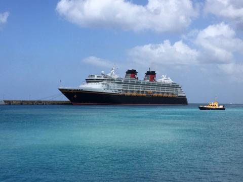 O Disney Wonder em Barbados