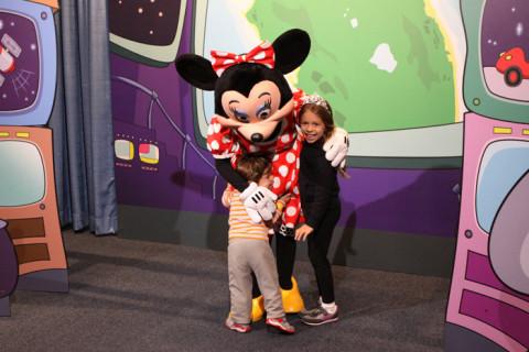 Felizes por encontrar a Minnie