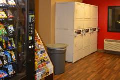 hotel bom e barato em orlando - extended stay america lavanderia