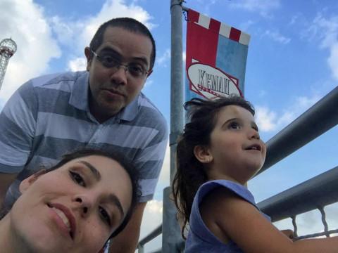 Família Abreu passeando, essa foto é em Kemah, no Texas