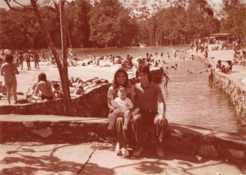 Eu, minha mãe e meu pai em Brasília, 1978