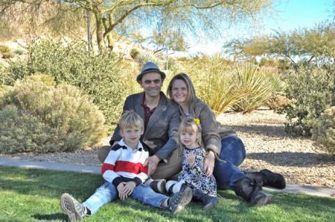 Fabiane e família no Mountains Edge Park